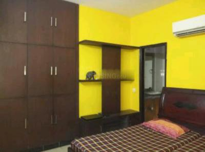 Gallery Cover Image of 1425 Sq.ft 3 BHK Apartment for rent in Express Garden, Vaibhav Khand for 21000