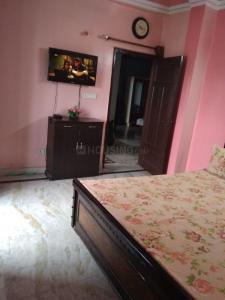 Gallery Cover Image of 1100 Sq.ft 2 BHK Apartment for rent in Flora Apartments, Sector 19 for 16000
