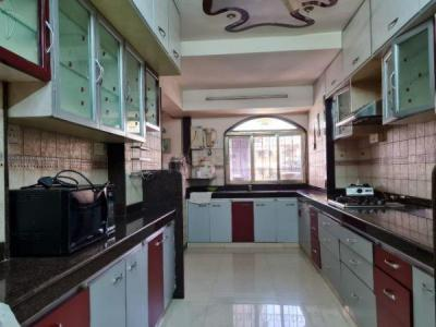 Gallery Cover Image of 1250 Sq.ft 3 BHK Apartment for buy in Juhu for 52500000