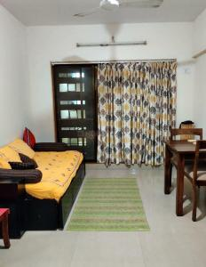 Gallery Cover Image of 650 Sq.ft 1 BHK Apartment for rent in Bandra East for 40000