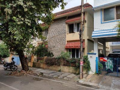 Gallery Cover Image of 4000 Sq.ft 3 BHK Independent House for buy in Jayanagar for 50400000