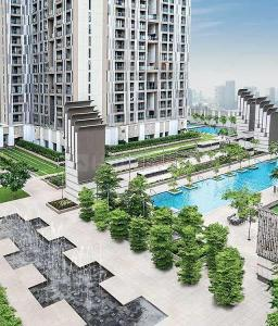 Gallery Cover Image of 750 Sq.ft 2 BHK Apartment for buy in Lodha New Cuffe Parade, Sion for 20200000