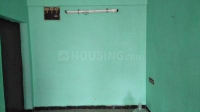 Gallery Cover Image of 800 Sq.ft 2 BHK Apartment for rent in Ambattur for 8500