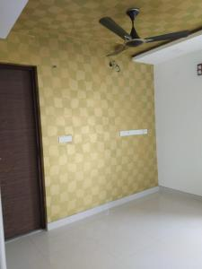 Gallery Cover Image of 1100 Sq.ft 3 BHK Apartment for rent in Saligramam for 21000