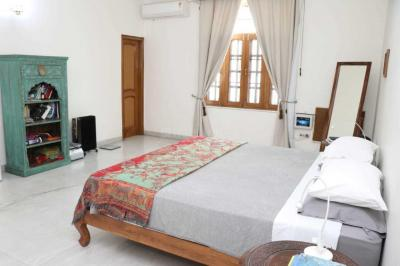 Gallery Cover Image of 700 Sq.ft 1 BHK Independent Floor for rent in Sector 15A for 12000