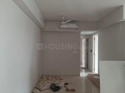 Gallery Cover Image of 1300 Sq.ft 3 BHK Apartment for rent in Bandra East for 160000