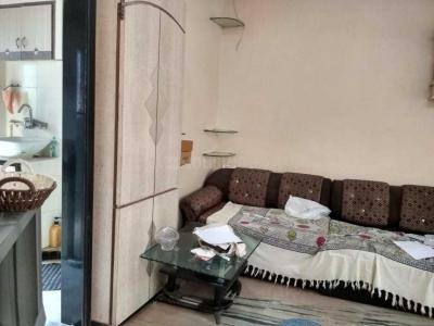 Gallery Cover Image of 650 Sq.ft 2 BHK Apartment for rent in Worli for 55000