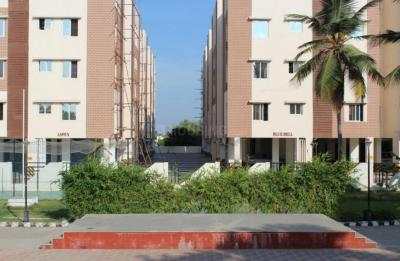 Gallery Cover Image of 1200 Sq.ft 3 BHK Apartment for rent in Adinath Shantiniketan, Mannivakkam for 20000