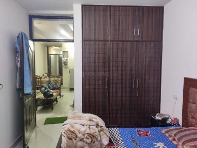 Gallery Cover Image of 1250 Sq.ft 2 BHK Apartment for rent in Sector 110 for 10000
