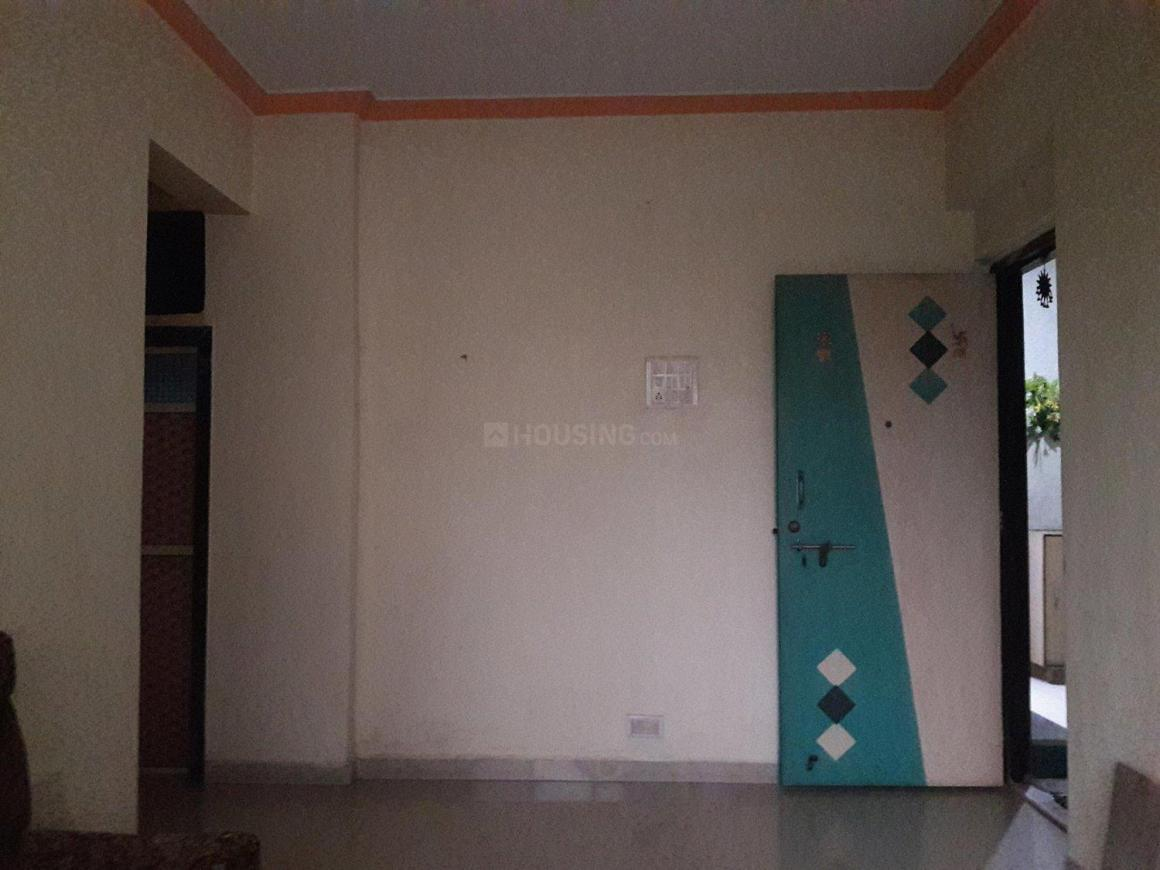 Living Room Image of 650 Sq.ft 1 BHK Apartment for rent in Kalyan West for 10000