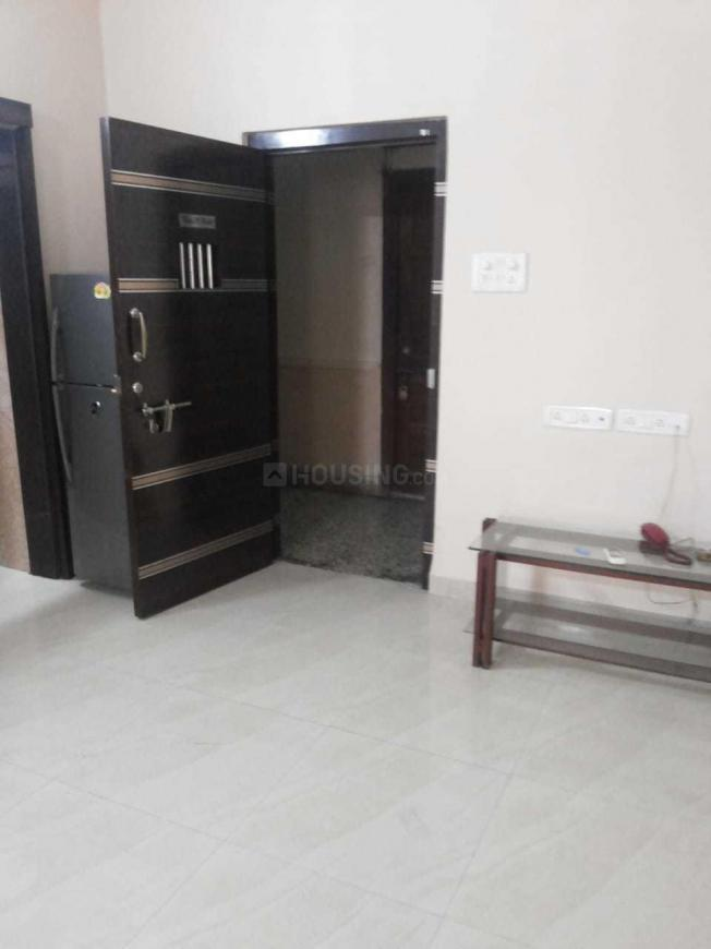 Living Room Image of 670 Sq.ft 1 BHK Apartment for rent in Colaba for 65000