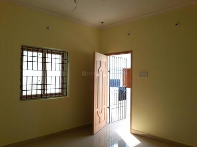 Gallery Cover Image of 840 Sq.ft 2 BHK Independent Floor for buy in Adhanur for 2450000
