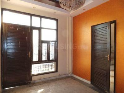 Gallery Cover Image of 1600 Sq.ft 4 BHK Independent Floor for rent in Sector 24 Rohini for 35000