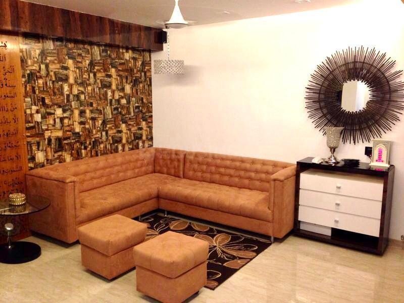 Living Room Image of 960 Sq.ft 2 BHK Apartment for buy in Malad West for 16500000