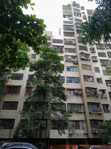 Gallery Cover Image of 890 Sq.ft 2 BHK Apartment for rent in Kandivali East for 27000