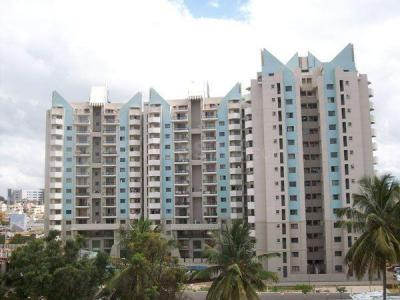 Gallery Cover Image of 1950 Sq.ft 3 BHK Apartment for rent in Mahadevapura for 35000