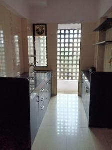 Gallery Cover Image of 580 Sq.ft 1 BHK Apartment for rent in Lalani Velentine Apartment, Malad East for 27000