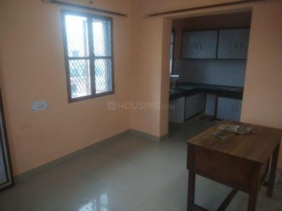 Gallery Cover Image of 850 Sq.ft 2 BHK Apartment for rent in DDA Flats Mayur Vihar Phase 1, Mayur Vihar Phase 1 for 18000