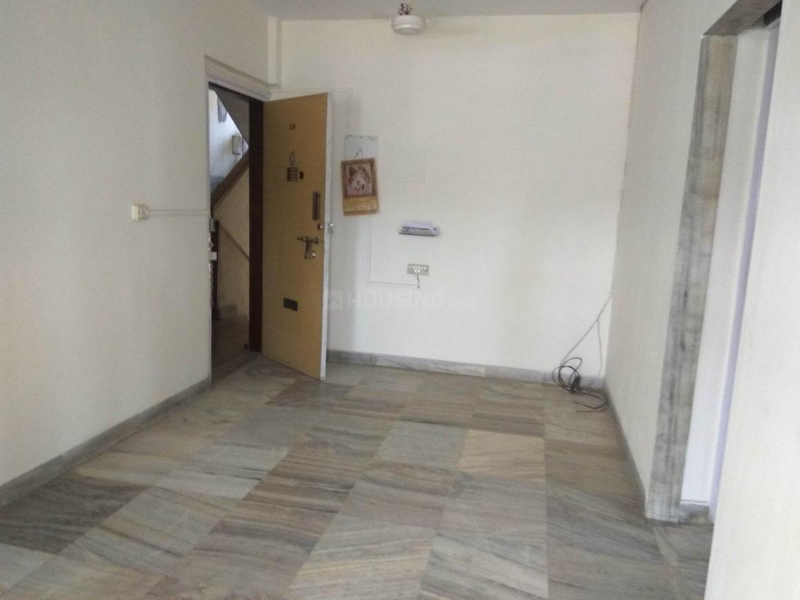 Living Room Image of 525 Sq.ft 1 BHK Apartment for rent in Malad East for 28000