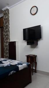 Gallery Cover Image of 350 Sq.ft 1 BHK Independent Floor for rent in Nawada for 20000