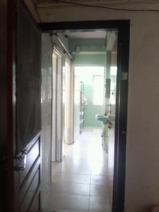 Main Entrance Image of 610 Sq.ft 2 BHK Apartment for rent in Andheri East for 28000