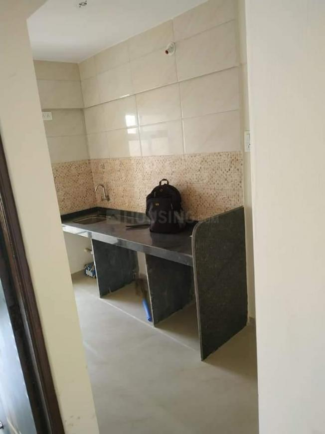 Kitchen Image of 620 Sq.ft 1 BHK Apartment for rent in Kopar Khairane for 20000