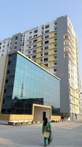 Gallery Cover Image of 1075 Sq.ft 2 BHK Apartment for buy in Avadi for 4850000