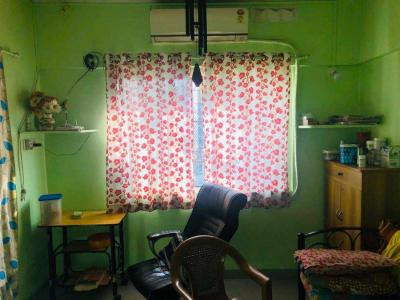 Gallery Cover Image of 500 Sq.ft 1 BHK Independent Floor for buy in Kandivali West for 8000000