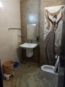 Bathroom Image of PG 4039578 Jhilmil Colony in Jhilmil Colony