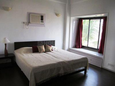 Gallery Cover Image of 1850 Sq.ft 2 BHK Apartment for rent in Juhu for 200000