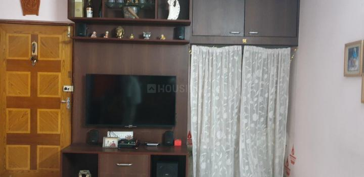 Living Room Image of 1300 Sq.ft 3 BHK Apartment for rent in Chinar Park for 20000