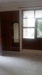 Gallery Cover Image of 1700 Sq.ft 4 BHK Apartment for rent in Meera Bai Apartments, Sector 5 Dwarka for 25000