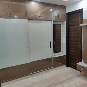 Gallery Cover Image of 1000 Sq.ft 3 BHK Independent Floor for buy in Janakpuri for 6000000