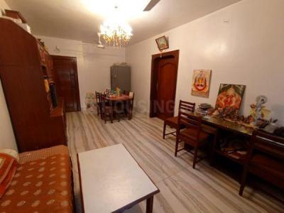 Gallery Cover Image of 1050 Sq.ft 2 BHK Apartment for rent in Mittal Ruia Park, Juhu for 80000