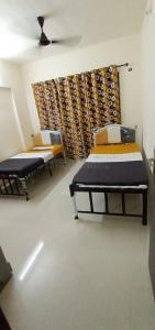 Hall Image of Payinig Guest Accomadation in Kanjurmarg East