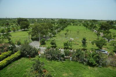 Gallery Cover Image of  Sq.ft Residential Plot for buy in Yadagirigutta for 640000