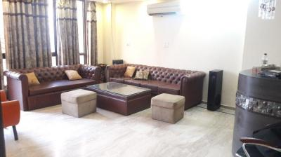Gallery Cover Image of 1800 Sq.ft 3 BHK Independent Floor for rent in RWA East of Kailash Block E, Greater Kailash for 45000