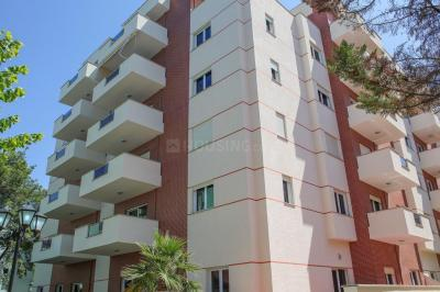 Gallery Cover Image of 1800 Sq.ft 3 BHK Apartment for rent in Ranchi for 15000