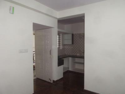 Gallery Cover Image of 450 Sq.ft 2 BHK Apartment for rent in Basaveshwara Nagar for 9500