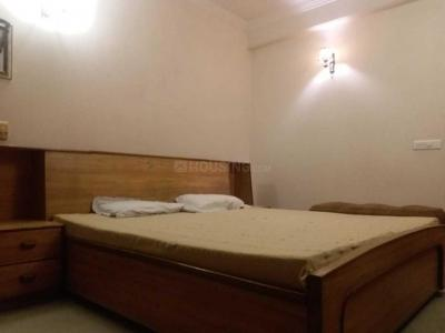 सेक्टर 12 द्वारका में रेडिशियन नेस्ट के बेडरूम की तस्वीर