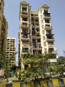 Gallery Cover Image of 720 Sq.ft 2 BHK Apartment for rent in Lakhani Aura, Ulwe for 13000