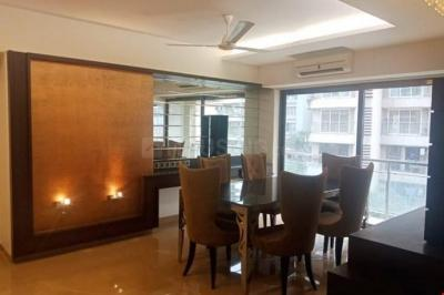 Gallery Cover Image of 1200 Sq.ft 3 BHK Apartment for buy in Bandra West for 50000000