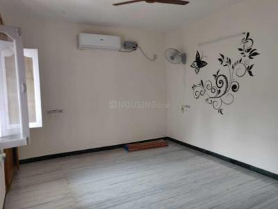 Gallery Cover Image of 2200 Sq.ft 3 BHK Independent House for buy in Porur for 11800000
