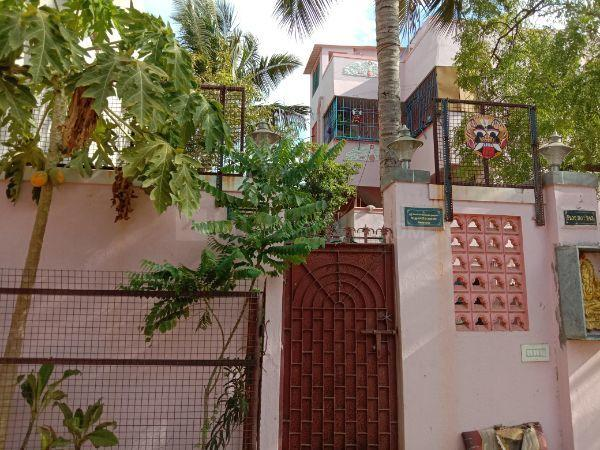Building Image of 2400 Sq.ft 1 BHK Independent Floor for rent in Redhills for 5000