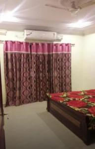 Gallery Cover Image of 1560 Sq.ft 3 BHK Apartment for rent in Banjara Hills for 55000