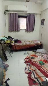 Gallery Cover Image of 900 Sq.ft 2.5 BHK Apartment for rent in Vile Parle West for 70000