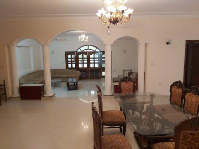 Gallery Cover Image of 10000 Sq.ft 6 BHK Independent House for buy in Palam Vihar for 58000000