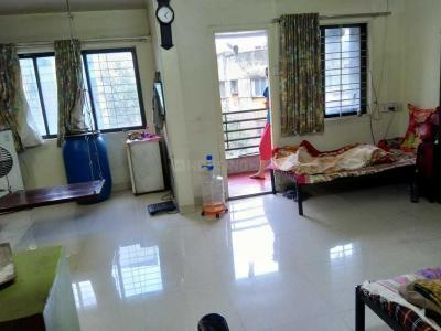 Gallery Cover Image of 600 Sq.ft 1 BHK Apartment for rent in Shukrawar Peth for 5200