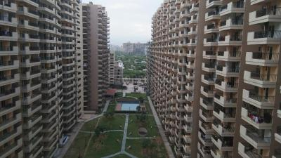 Gallery Cover Image of 1300 Sq.ft 3 BHK Apartment for buy in Omicron I Greater Noida for 3700000