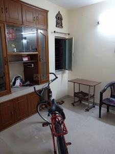 Gallery Cover Image of 610 Sq.ft 1 BHK Independent Floor for rent in Dum Dum for 10000
